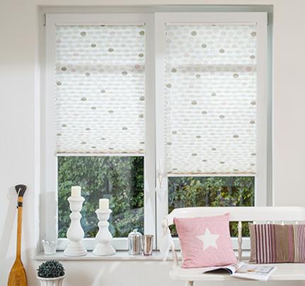 persianas plisadas en la ventana puerta balconera