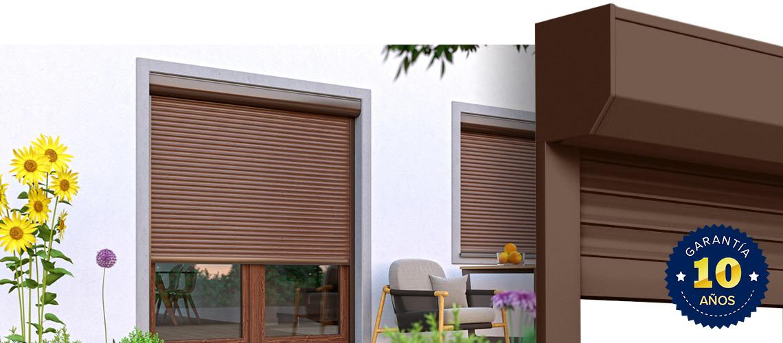 Persiana exterior con lamas de aluminio a medida premium for Cubrir una pared exterior