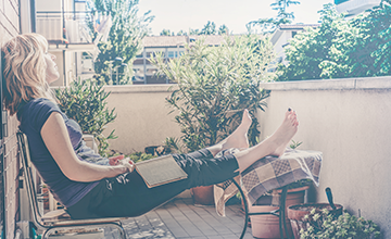 descanso en el balcón