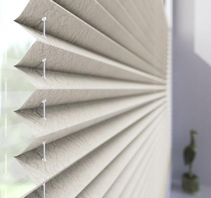 cortina plisada - tela en forma de acordeón